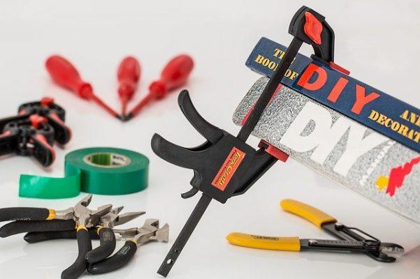 Как сделать ремонт в квартире и сэкономить?