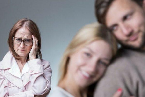5 шагов к успешным отношениям со свекровью, если вы живете вместе